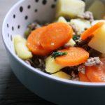 Winterküche –  Gesunde Kartoffelsuppe mit Hack und Möhrchen