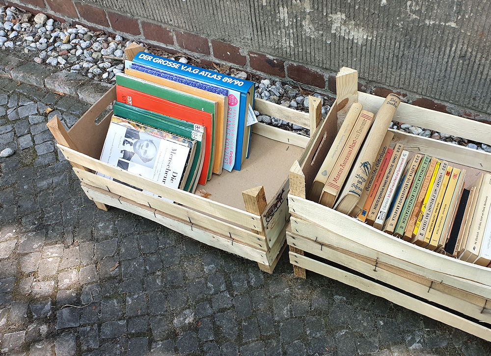 Bücherkisten