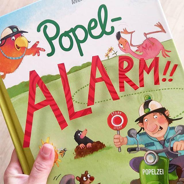 Werbung/Rezension:  #Popelzei? Hä? Was ist denn das? Noch nie gehört? Wie kann das sein? Dabei ist sie doch ganz bekannt und hat einen wichtigen Job! Die Popelzei passt nämlich auf, dass niemand in der Nase bohrt. Das ist doch ekelig, oder?  Mehr von dem lustigen #Buch aus dem @coppenrathverlag von #Anettelangen erzähle ich euch heute ;) #Kinderbücher #kinderbuchblogger #Kinderbuchblog #kinderbuch #kinderbuchlesen #Kinderbuchliebe #Buch #Bücher #lesen #Empfehlung #Rezension